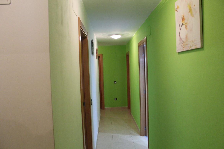 SE ALQUILA piso céntrico en Peñíscola A 100 METROS DE LA PLAYA
