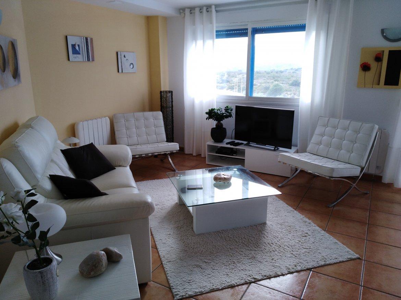 SE ALQUILAN Apartamentos con vistas panorámicas en complejo de lujo