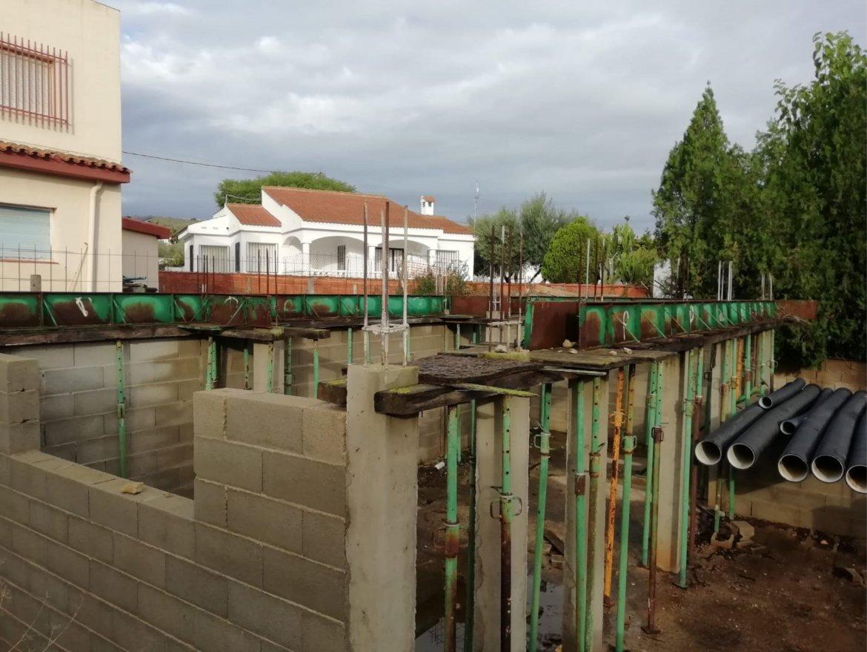 SE VENDE Parcela con proyecto de construcción